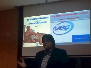 El psicólogo clínico Roberto Aguado, creador de una nueva metodología, denominada Vinculación Emocional Consciente.
